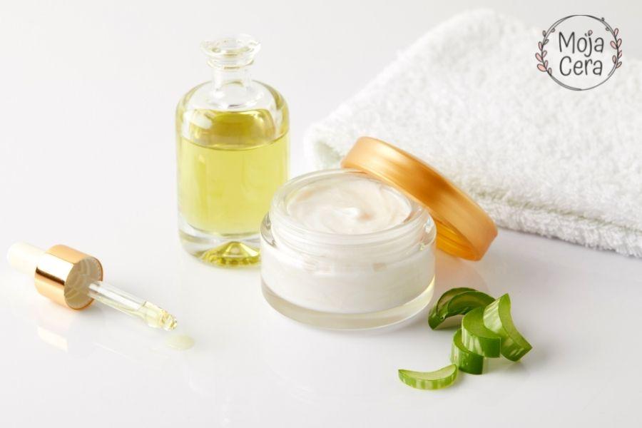 Podrażnienia po goleniu - etap 4 przygotowywanie kosmetyków do pielęgnacji